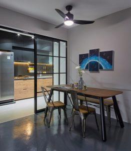 Closed kitchen with sliding door